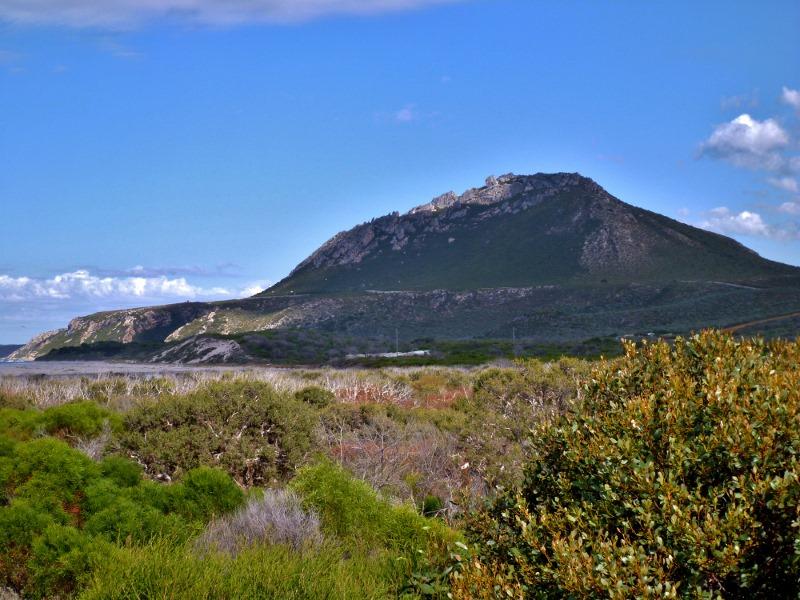 East Mount Barren