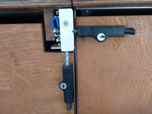 whitco patio bolt lock