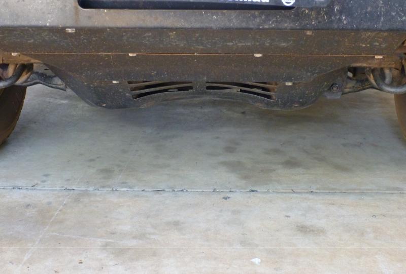 Hilux bent bash plate