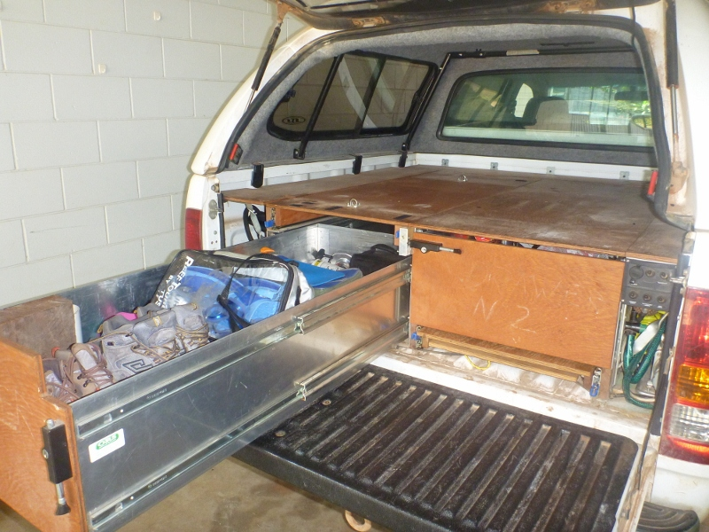 Hilux tray with drawer out