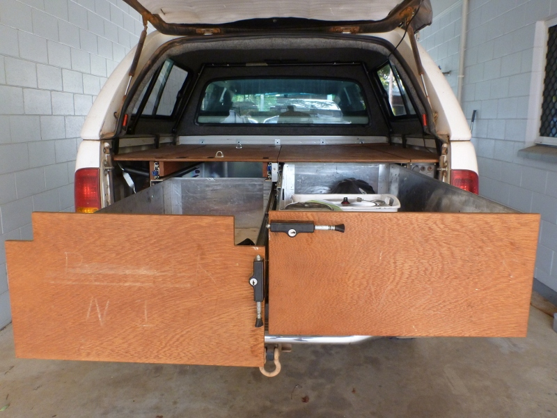 4wd hilux storage drawers both extended