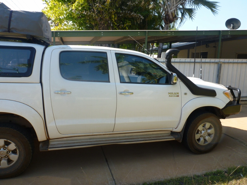 Bare roof on Hilux