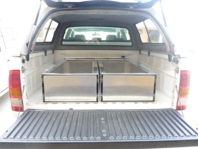 offroad systems drawer internals in hilux tray