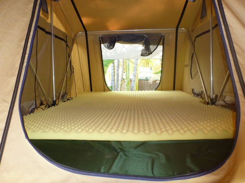 roof top tent with extra mattress