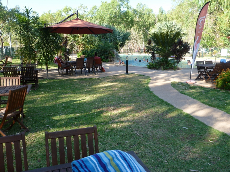 Nitmiluk cararvan park pool area
