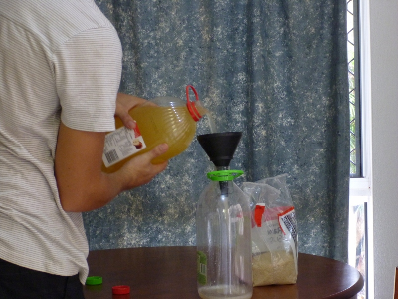 decanting fermented cider