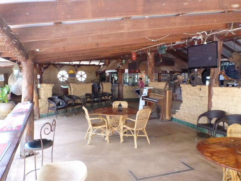 pine creek lazy lizard tavern