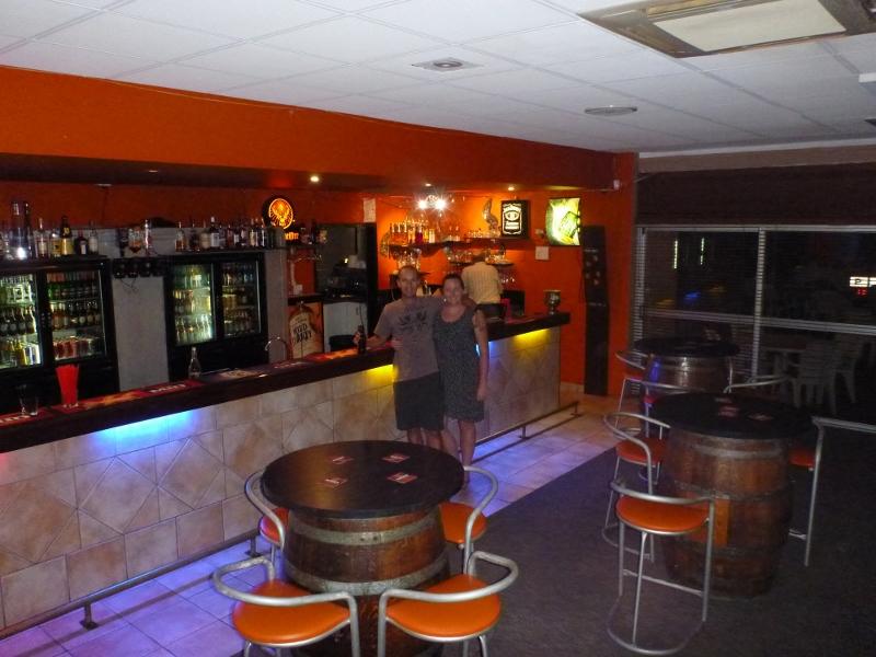 rjs bar and bistro inside