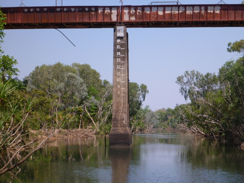 katherine old railway bridge