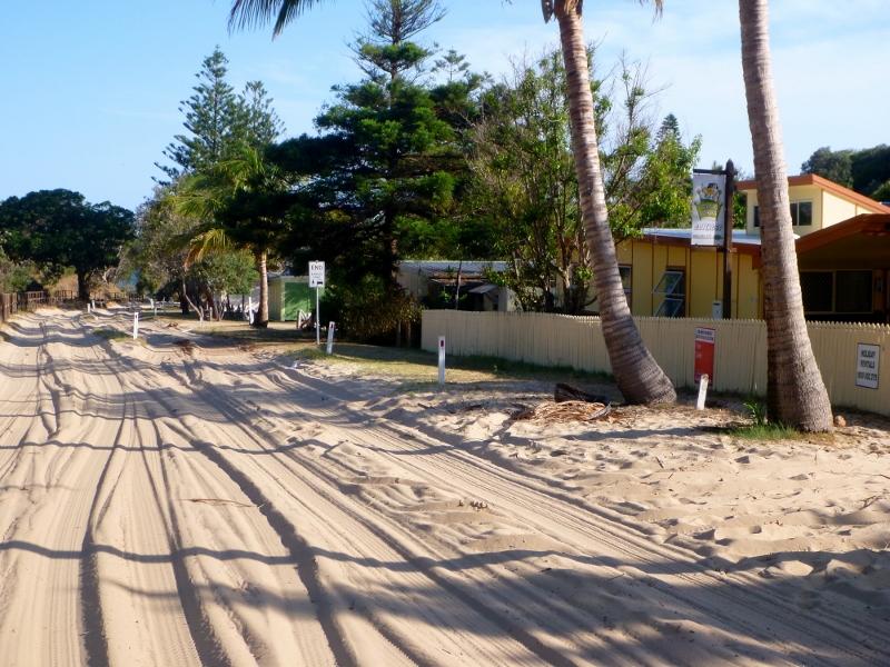 fraser island eurong resort