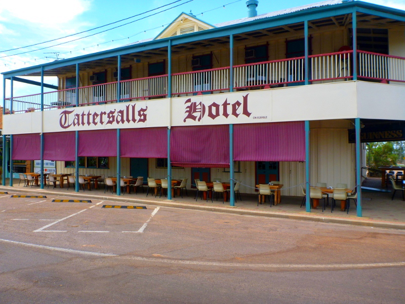 tattersalls hotel, winton