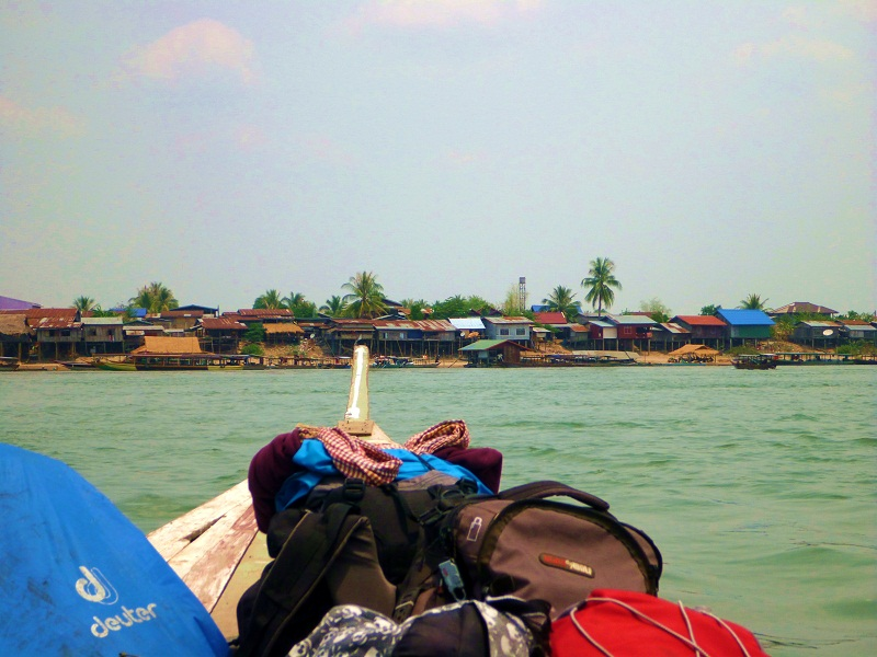 boat back to laos mainland