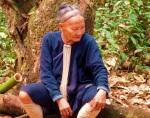 luang namtha trekking hill tribe lady