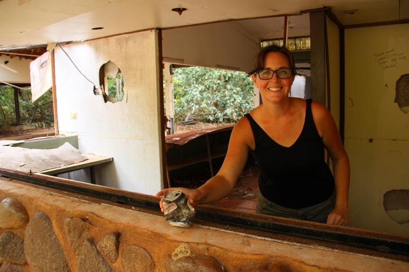 sharni serving bundi at Pajinka resort
