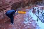 Joe negotiates an obstacle on our hike to Emerald Pools