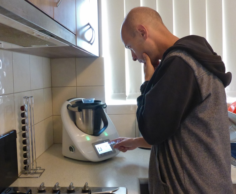 outbackjoe using the new TM5 thermomix