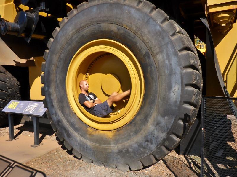 kalgoorlie haul pack wheel