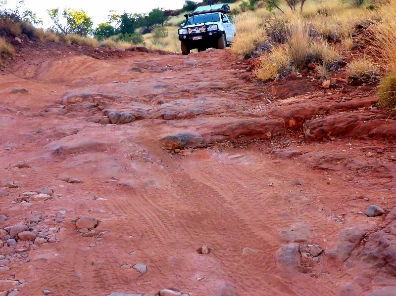 palm valley rocky track