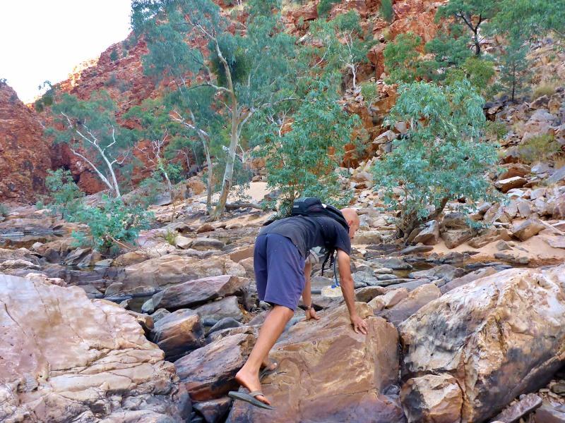 walking to redbank gorge