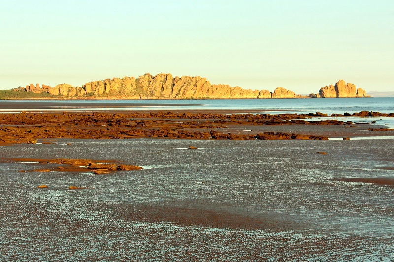 the needles rock formation cape domett