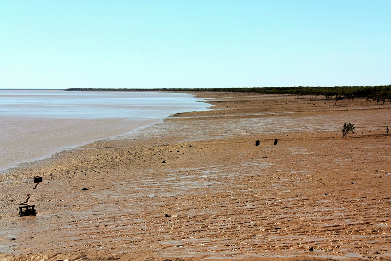 derby mud flats near jetty