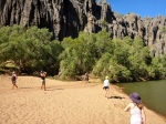 walking along windjana gorge