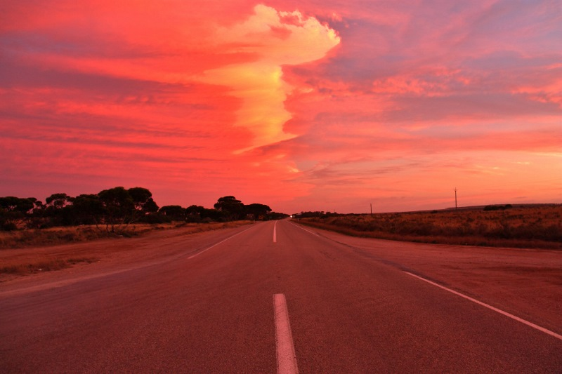nullarbor eyre highway sunset