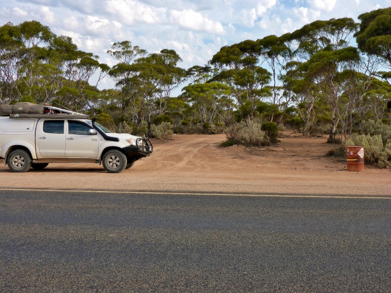 Bilbunya Dunes turn off Eyre Highway