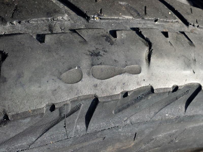 bridgestone d697 blistering